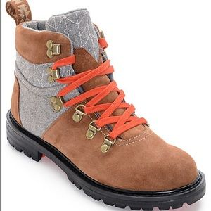 Toms Waterproof Hiking Boots